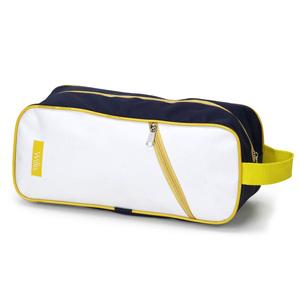 Porta tênis em nylon 600 com bolso frontal, ziper e alça de mão.