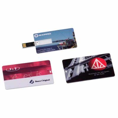 - Pen drive formato cartão, plástico, super fino, personalizado com gravação UV digital sem limite de cores. Capacidades de 4,8,16 e 32 Gb.