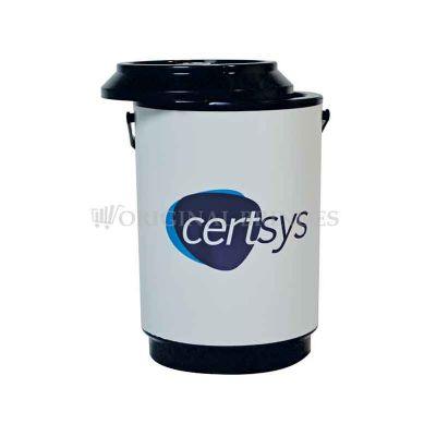 Original Brindes - Cooler promocional com capacidade aproximadamente para 06 latas, com alça fixa e isolante térmico. Gravação da logomarca através de adesivo com impres...