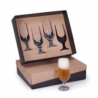 Projeto Promocional - Kit copos taças de vidro com caixa cartonada.  04 Copos de vidro para cerveja 300ml . 01 Caixa para presente cartonada.  Peso 1.180g / 34x28x12cm