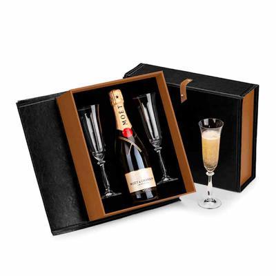 Kit Espumante Premium com caixa de couro sintético