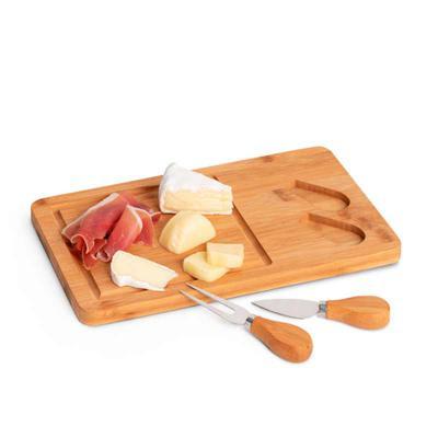 projeto-promocional - Tábua de queijos. Bambu e aço inox. Com 2 talheres.  Incluso caixa de cartão.  Food grade. 310 x 180 x 15 mm | Caixa: 316 x 186 x 25 mm