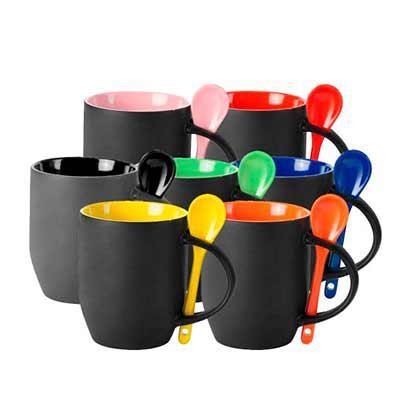 SOMA Brindes - Caneca mágica com colher e parte interna colorida. Basta colocar alguma bebida quente para ver a mágica.