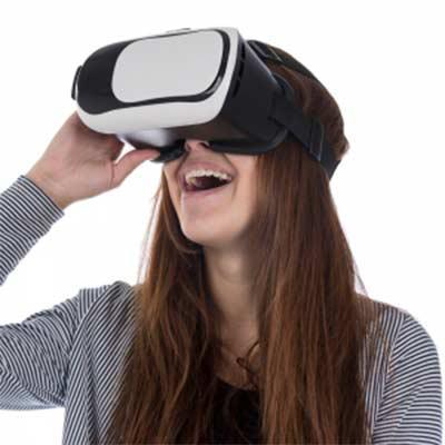 Óculos de visão 360º para celular. Material plástico resistente, possui: suporte acolchoado para ...
