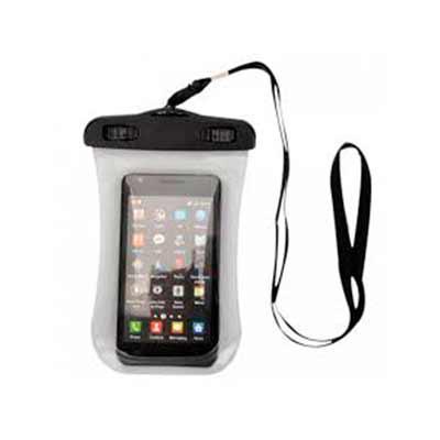QI Brindes - Case impermeável universal para smartphones com cordão de nylon de tamanho regulável, fabricado em PVC.  Medidas aproximadas para gravação (CxD):  9,5...