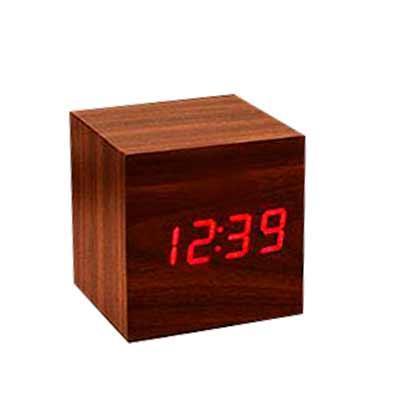 O Relógio Cubo Digital de Mesa RP1268 além de mostrar as horas como todo relógio faz, ele possui ...