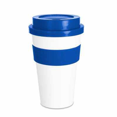maxim-brindes - Copo plástico 480ml com tampa. Produzido em polipropileno e livre de BPA, o copo possui uma luva de silicone (removível) que impede a transferência de...