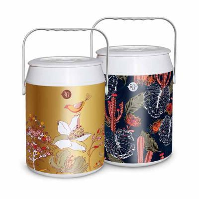 RG Ideias - Cooler térmico para 6 latas com alça. Estampa personalizada à escolher.  Valores unitários: 15mil - 22,40 10mil - 22,70 5mil - 23,50 3mil - 23,90 1mil...