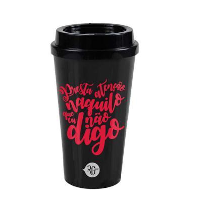 RG Ideias - Copo 550ml com tampa (estilo Starbucks). Diversas cores disponíveis. Gravação em 1 cor.