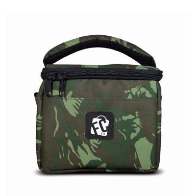 FCFIT Bolsas Thermal Bags - Lancheira Térmica Fitness // Mini Lunch Militar Camuflada >> O que o produto oferece?  Rede interna para carregar recipientes com líquidos ou talheres...