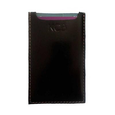 Capa protetora de cartões de crédito em couro Personalização em baixo relevo Medidas de 10X6,5 cm