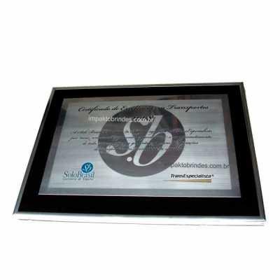 Personalite Brindes - Placa em metal com moldura
