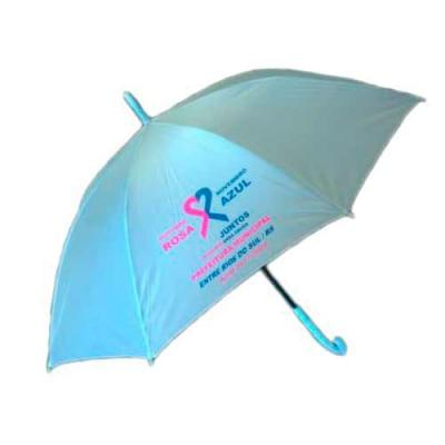 Guarda-chuva colorido com tecido de nylon e abertura automática, basta acionar o botão inferior. ...