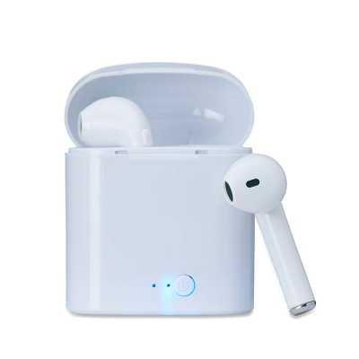 wxz-brindes-promocionais - Fone bluetooth plástico com case carregador. Para utilização do produto, pressione e segure o botão lateral de ambos fones ao mesmo tempo, luzes led e...