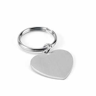 Chaveiros Personalizados Para Casamento MATERIAL: Alumínio MEDIDAS: 36 x 34 x 2 mm TIPO DE GRAVAÇ...