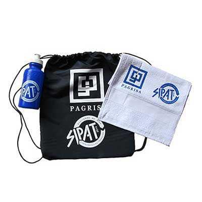 Kit fitness personalizado - Composto por 1 squeeze comum 500 ml, 1 Toalha fitness 100% algodão na cor branca medida 0,30 x 45 cm, 1 Sacochila em NYLON... - WXZ BRINDES FABRICAÇÃO  PRÓPRI...