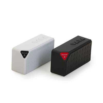 - Caixa de som multimídia, rádio FM, alto falante de 80db, bluetooth 2.1, entrada USB, entrada micro SD, função atende chamadas, acabamento emborrachado...