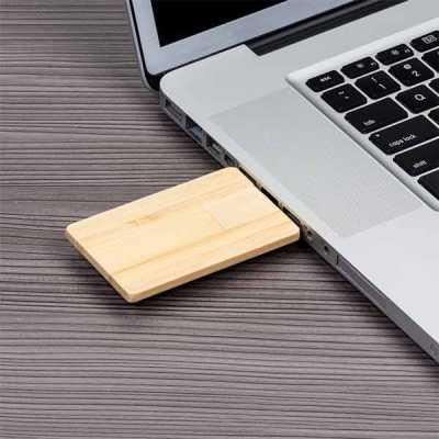 Pen card 4GB retangular de madeira