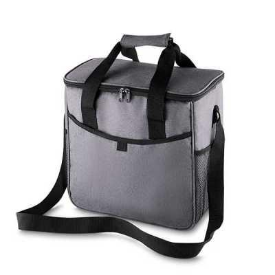 - Bolsa térmica 16 litros confeccionada em nylon e poliéster. Possui bolso frontal, bolsos laterais de malha, alça de mão com pegador cinza de velcro e...