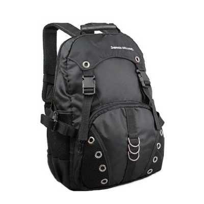 - Mochila em nylon com porta notebook, alça de ombro e costas com tela espuma, bolso lateral, acabamento interno