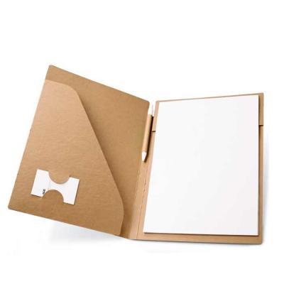 Pasta A4. Cartão: 450 g/m². Bloco: 20 folhas não pautadas de papel reciclado. Incluso caneta.230 ...