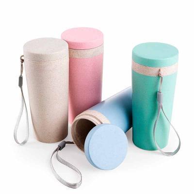 Copo térmico de fibra de bambu de 350ml com alça. Copo produzido em Polipropileno livre de BPA, p...