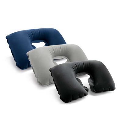 Almofada de pescoço. PVC aveludado. Fornecida em bolsa. Vazio: 425 x 275 mm | Bolsa: 175 x 115 mm