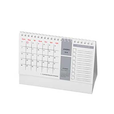 Caléndario de mesa com espaço para anotações. Base em triplex 300gr branco, 6 lâminas em couchê 1...