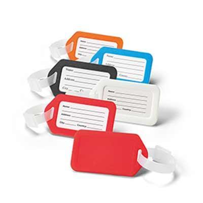 Identificador em PVC. Ideal para malas de viagem. Medida: 87 x 50 x 4 mm Incluso Gravação em Silk...