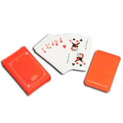 Jogo de baralho com personalização nas cartas e na caixa. 54 cartas em papel couche 300gr Caixa e...