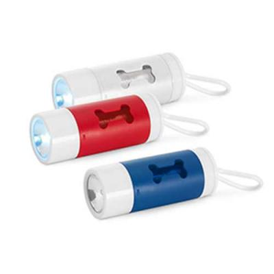 Kit de higiene para cachorro. ABS. Com LED, mosquetão e 10 sacos plástico. Incluso 3 pilhas LR113...