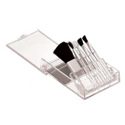 Kit maquiagem com 5 pinceis. Medida: 5,5 x 8,8 x 1,5 cm Personalização: 01 cor de gravação em sil...