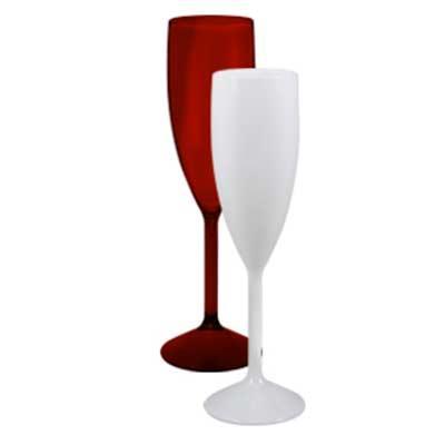 Taça champagne 180 ml. Produzido PS cristal. Incluso personalização em silk screen 1 cor 1 posiçã...