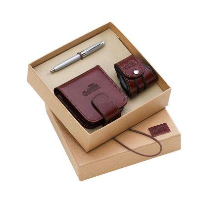 Kit presente, contendo porta batom, porta níquel e caneta.