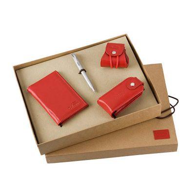 Kit presente, contendo porta níquel, porta batom, porta cartões e caneta.