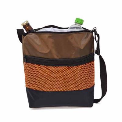 Bolsa Térmica 5 litros em Nylon 70 Plastificado, bolso frontal de tela e compartimento principal ...