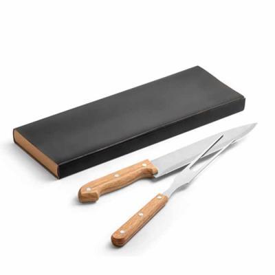 Kit churrasco 2 peças em caixa kraft. Aço inox e bambu. Food grade: 340 x 115 x 25 mm