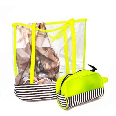Kit com 2 peças Sacola Grande e Nécessaire em Columbia ideal para Viagens e Praia Contém: 1 Sacol...