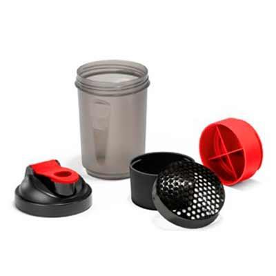 Shaker 630 ml. Com 2 compartimentos para guardar suplementos adicionais (320 ml e 150 ml). Com es...