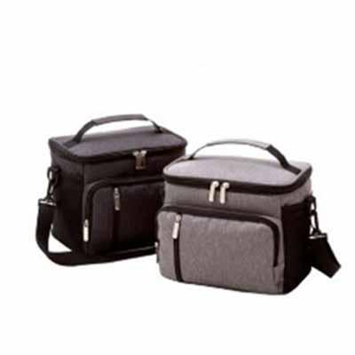 Bolsa térmica para alimentos e bebidas. Disponível nas cores preta e cinza. Alça de mão, de ombro...