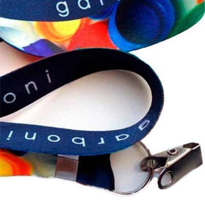 Cordão personalizado com impressão digital para brindes. Útil esse cordão serve para facilitar a ...
