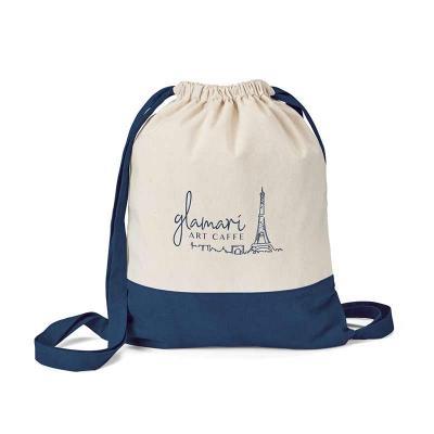 Sacola tipo mochila na cor azul.