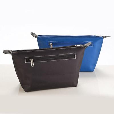 Necessaire TOUCH em nylon com bolso externo lateral e bolso na parte superior.