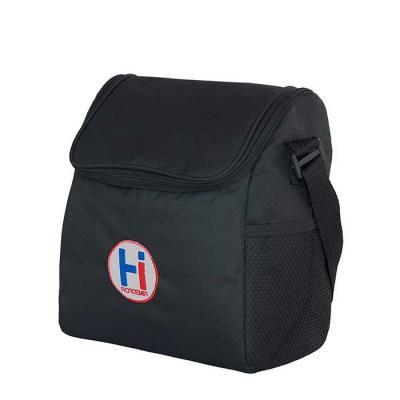 - Bolsa térmica em poliéster, medindo 22 x 27 x 14 cm, com bolso em tela, alça de ombro, em gorgorão de 30 mm com regulador, pack de 4 mm com forro e ac...