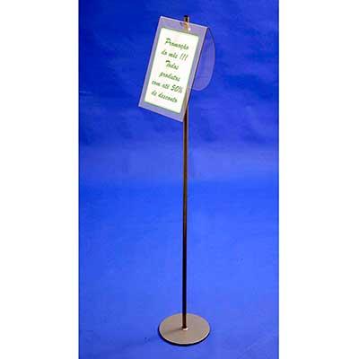 AD Plastic - Porta folha A4 - em PETG cristal com estrutura de ferro e pintura eletrostática. Dimensões aproximadas: 22 cm (larg.) x 20 cm(prof.) x 1,20 m(alt.)