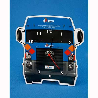 Relógio personalizado, em acrílico ou poliestireno, com recorte especial a laser e impressão digital UV