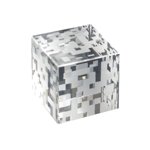 OZN Produz Presentes Corporativos - Objeto de mesa em puro cristal óptico importado.