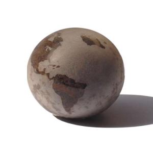 ozn-produz - Globo de vidro soprado, com terra natural em seu interior.