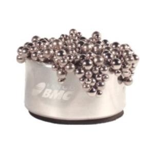 OZN Produz Presentes Corporativos - Peso para papel simples e moderno, produzido em alumínio.