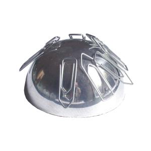 Peso para papel e porta-clips de metal polido ou em pintura eletrostática.
